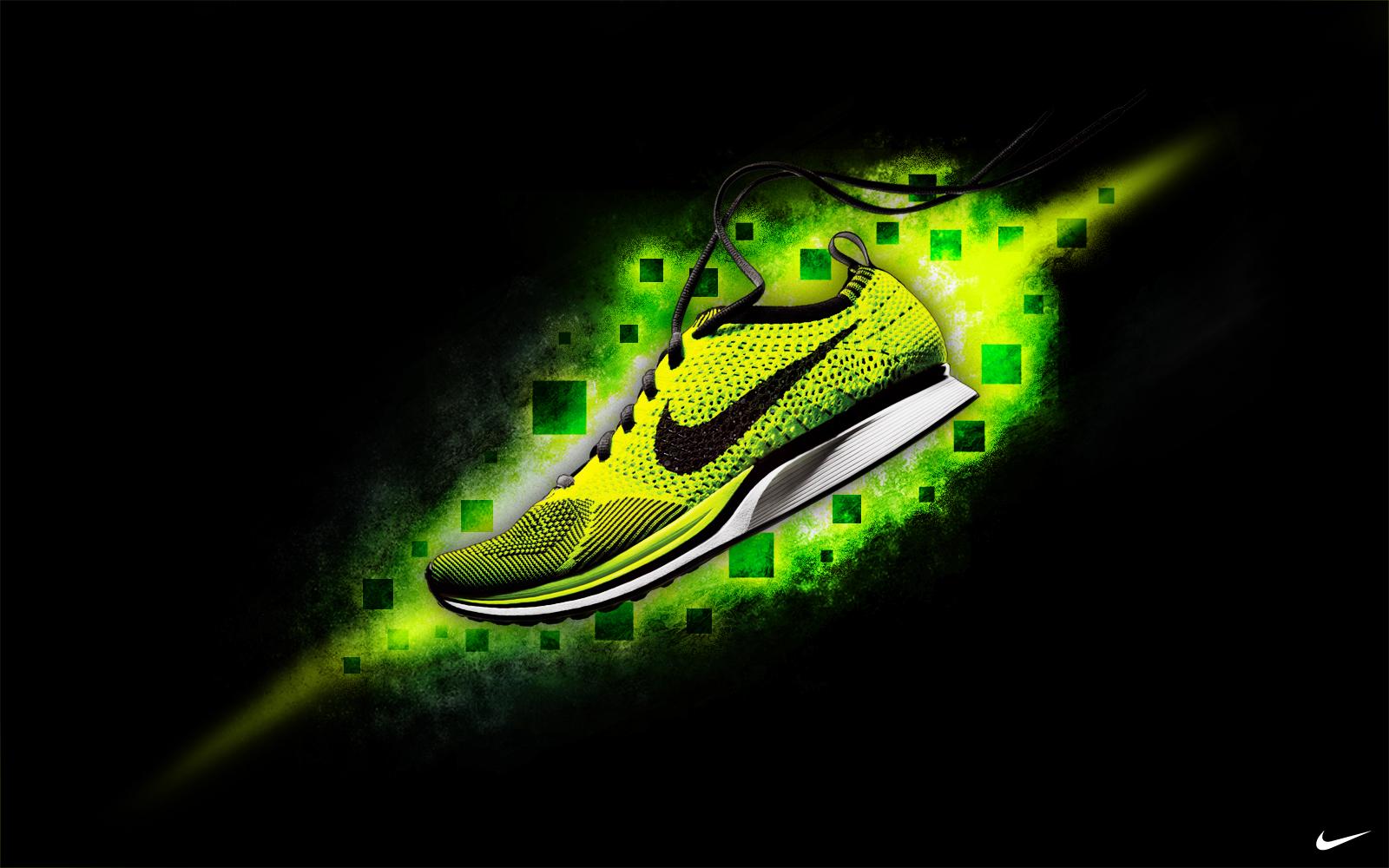 NikeCosmicToxic_o