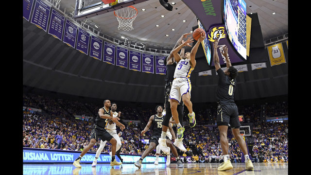 Amid protest and cheers, LSU beats Vandy to claim SEC title WSB-TV