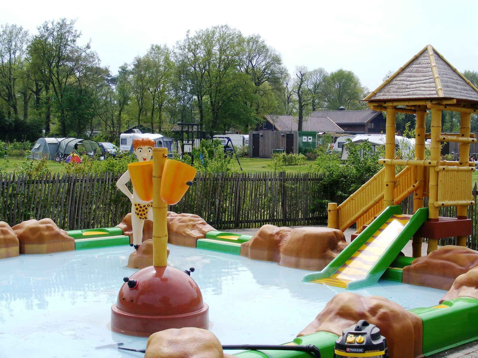 De Bubbel Zwembad Camp Site With Swimming Pool At The Veluwe Recreation Park De