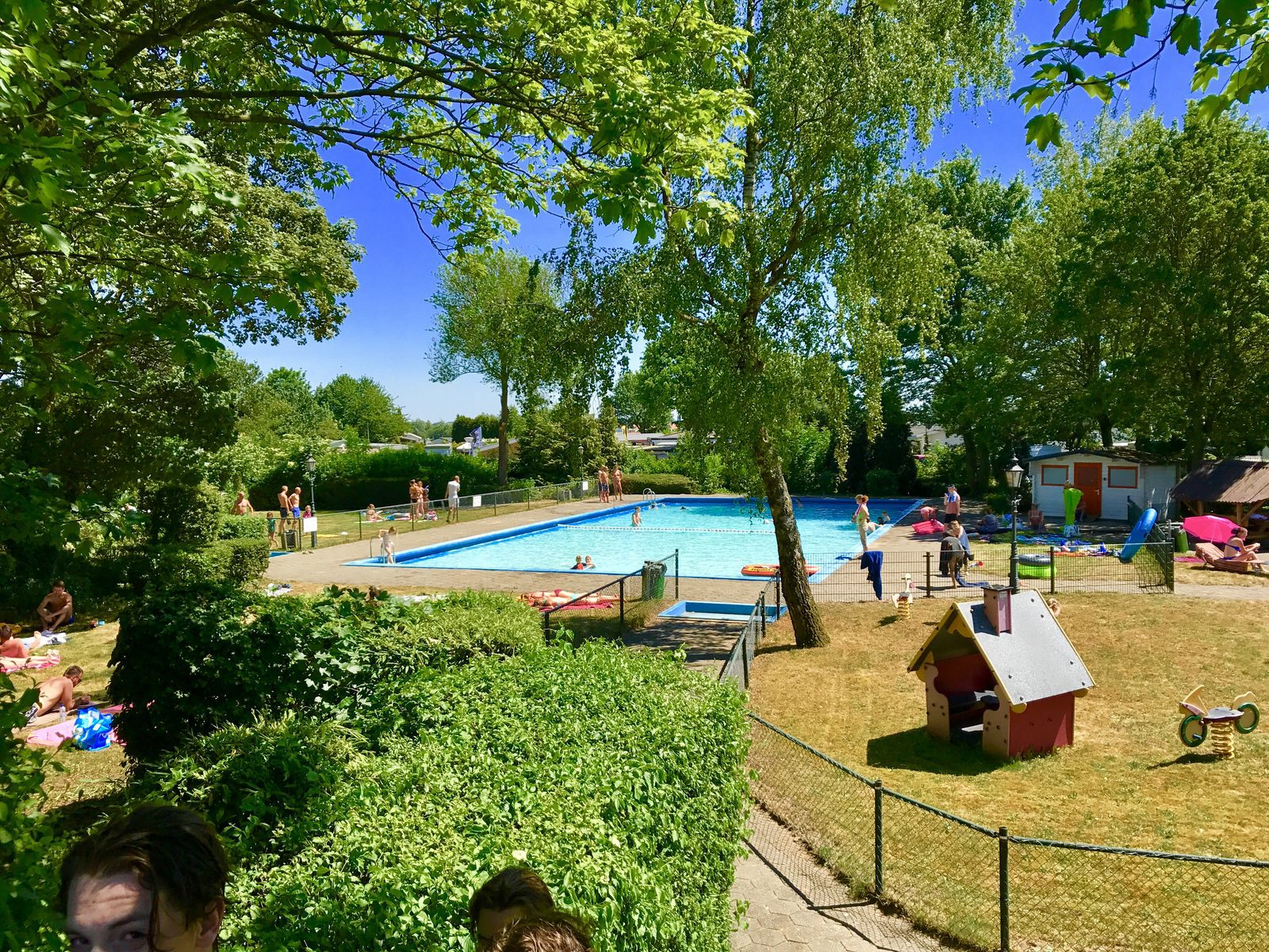 Camping Amalfikust Zwembad Recreational Park Rhederlaagse Meren In Lathum Succes Holidayparcs