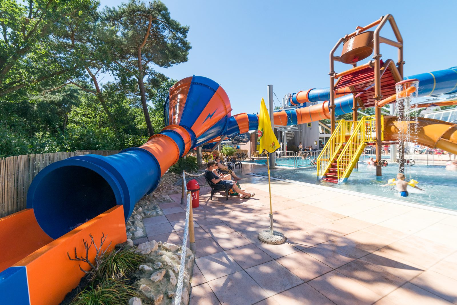 Camping Limoges Zwembad Campsite With Swimming Pool Kampeerdorp De Zandstuve