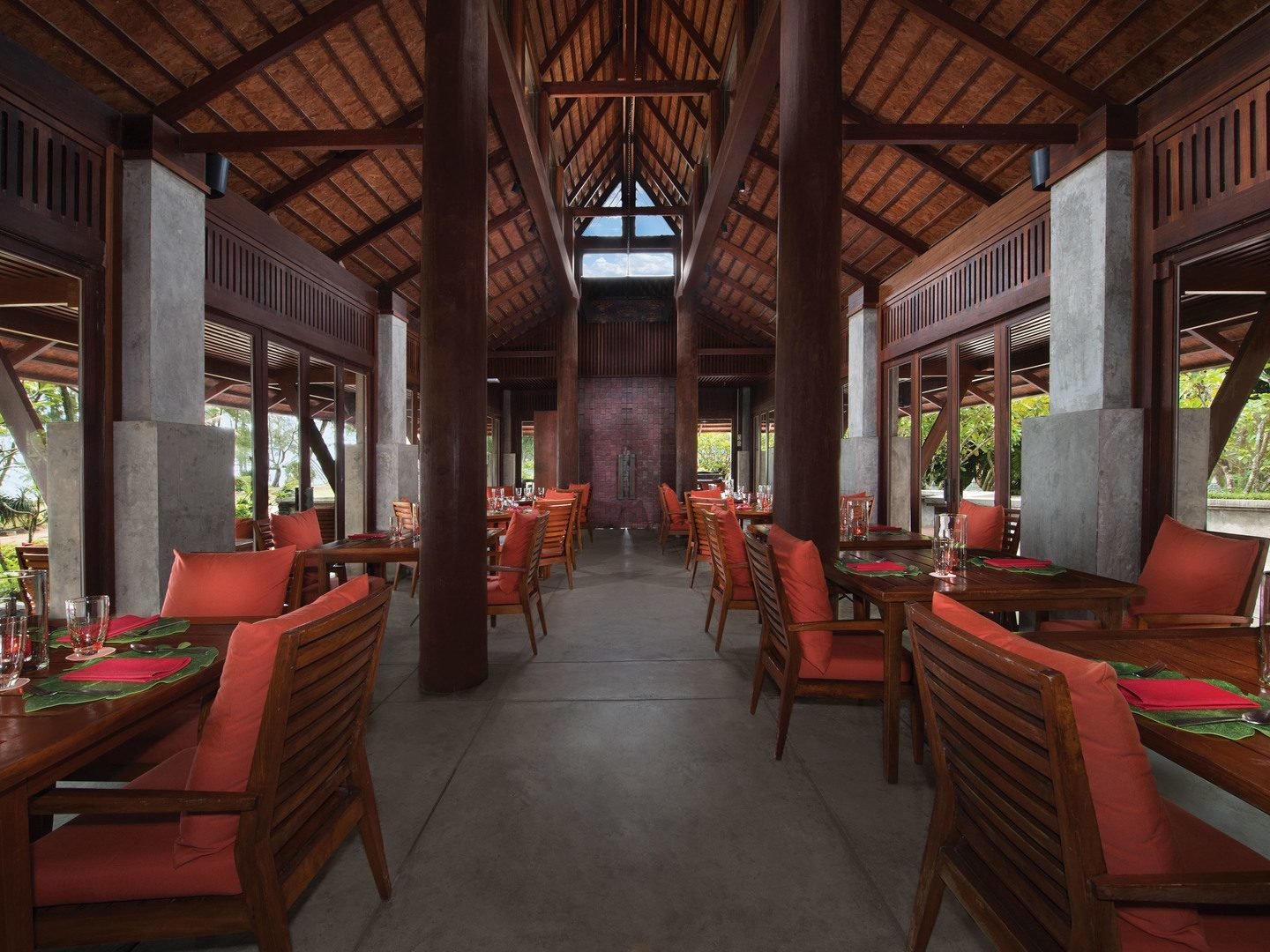 Jw Marriott Phuket Cucina Restaurant Marriott Phuket Beach Club 30 Discount With Rentals Resales