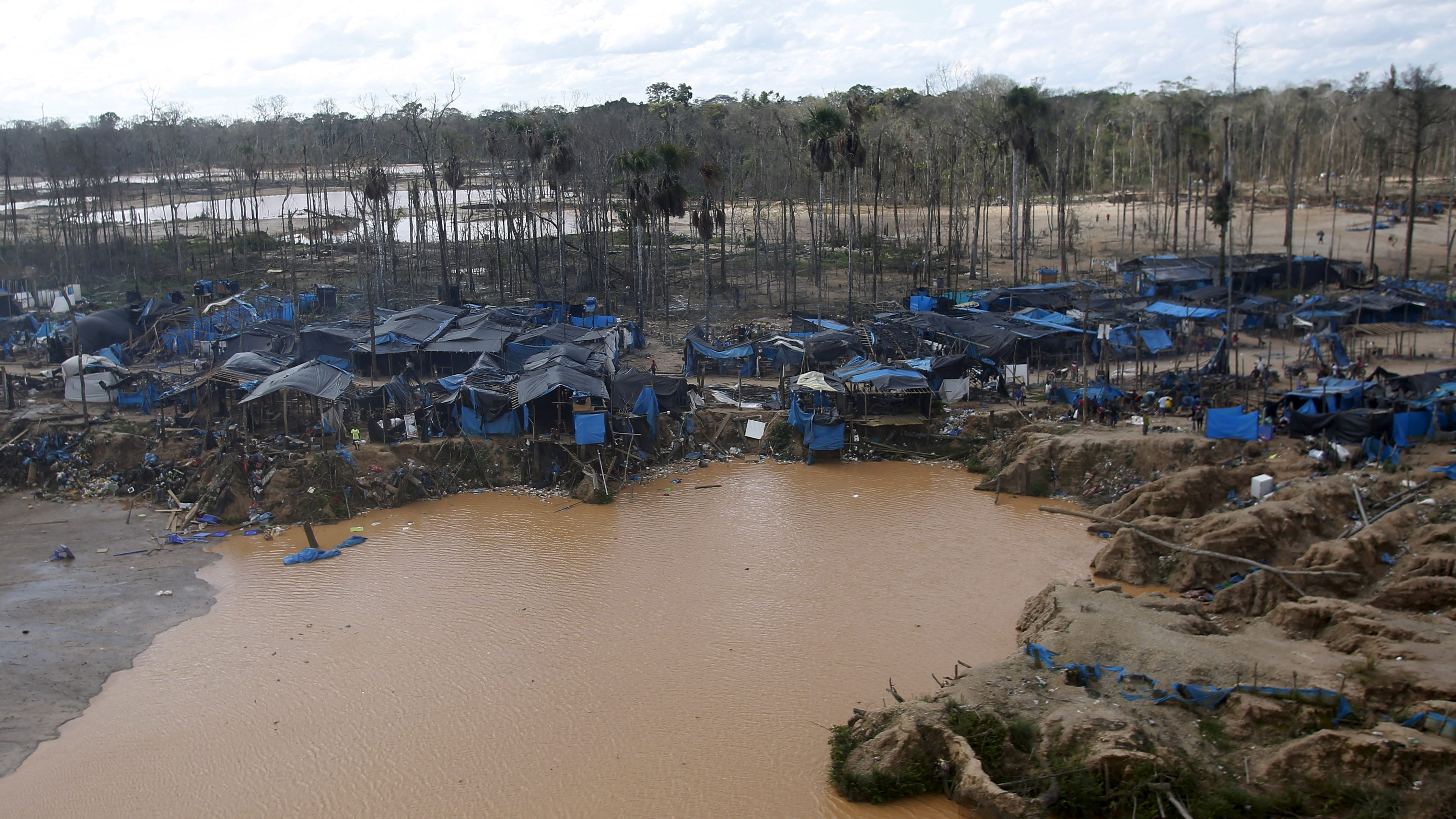 Camera Exterieur Home By Sfr Illegal Gold Mining Has Supplanted Cocaine Trafficking As Latin