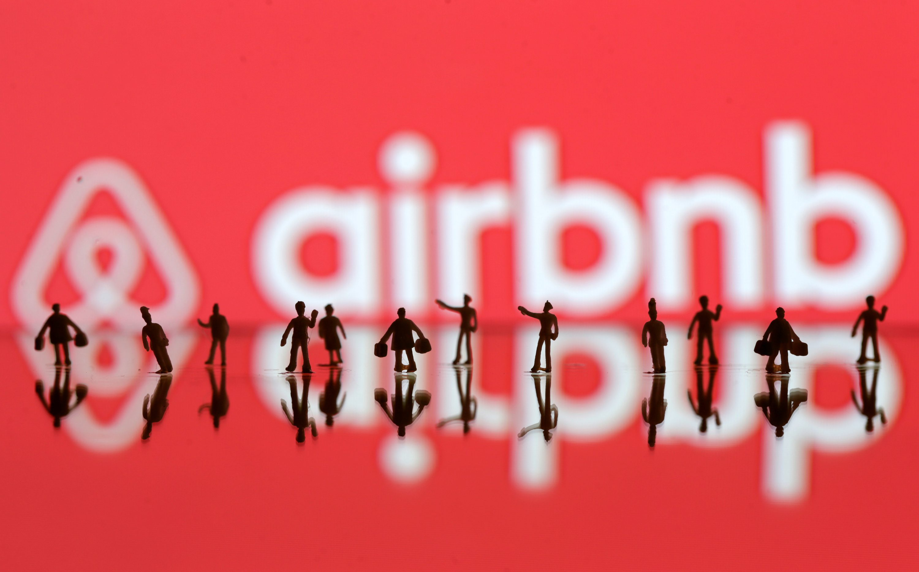 Airbnb Paris 17 Airbnb Is Gradually Losing One Of Its Biggest Advantages Over