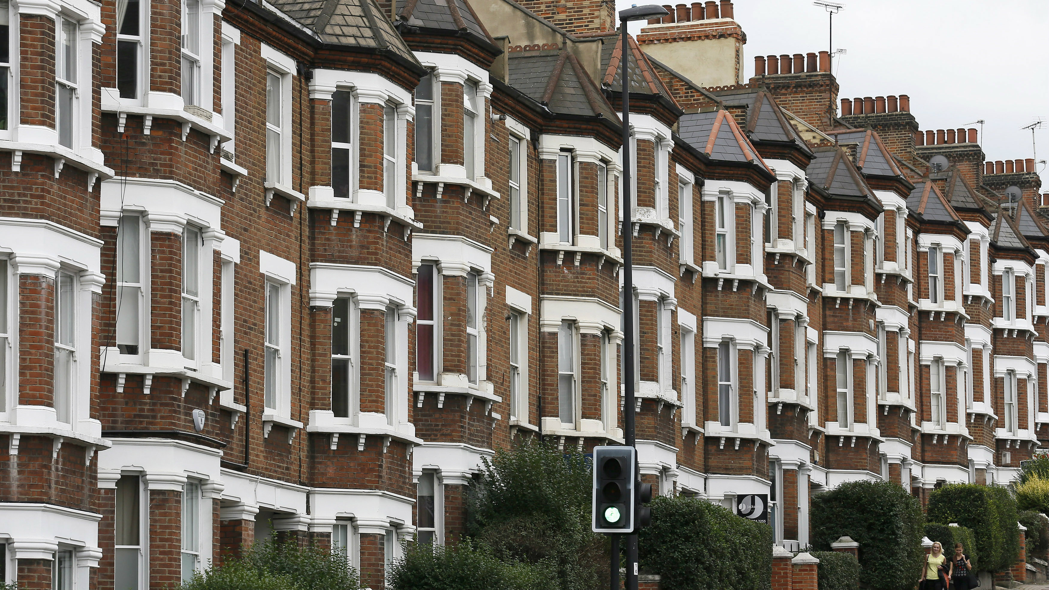 Cash Pool London London House Prices Are So Unaffordable It Now Takes 12 Times The