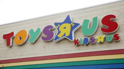 Toys R Us Bankruptcy A Dot Com Era Deal With Amazon