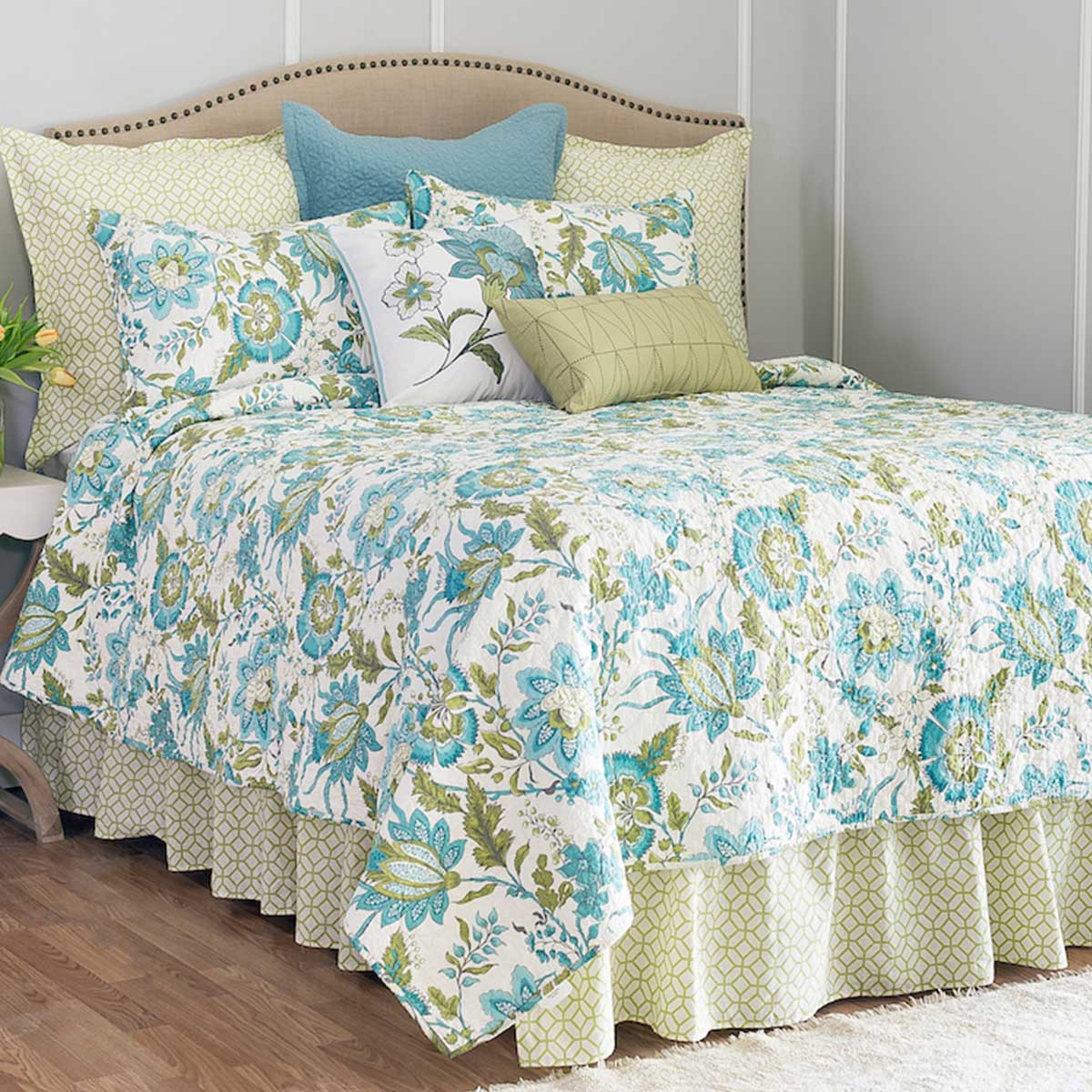Duvet And Comforter Sets Bedding Duvet Covers Comforter Sets Bedspreads C F Home