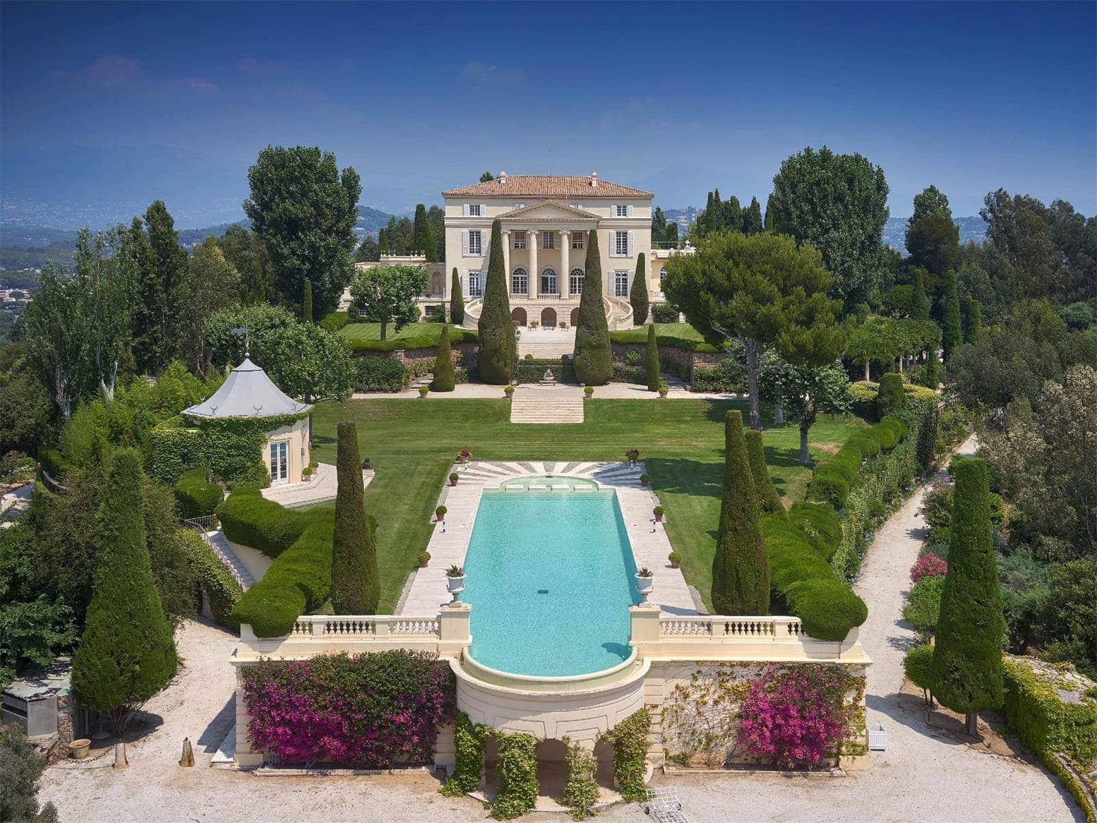 100 million cannes castle house tour cococozy for Castle gardens pool