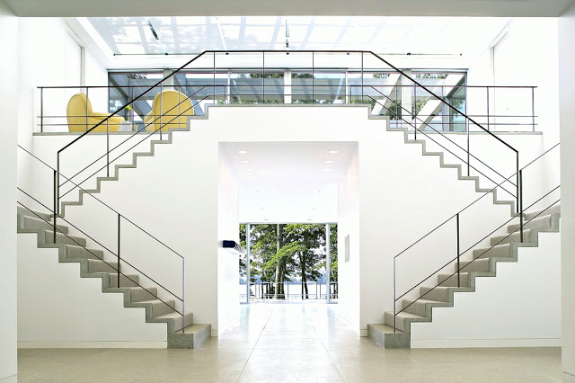 modern double stairs staircase bates masi architects hamptons architecture