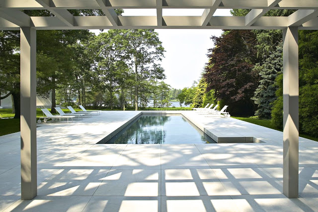 modern georgica pond pool hamptons white lounge chairs outdoor patio yard bates masi architects