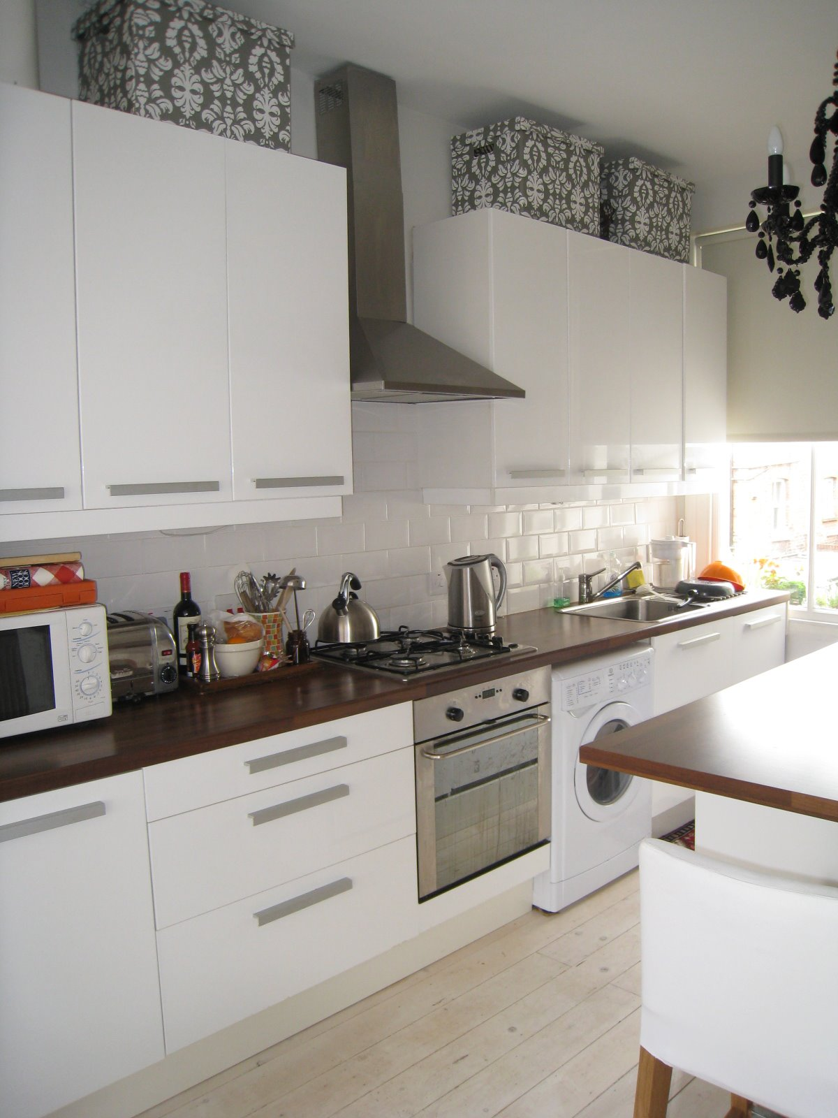 Kitchen Cabinets For Sale London A Taste For Space Saving Style In A Small But Fab London