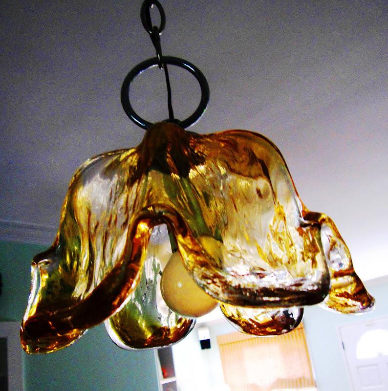 Flower shaped yellow Murano glass pendant light from Ponte Vecchio
