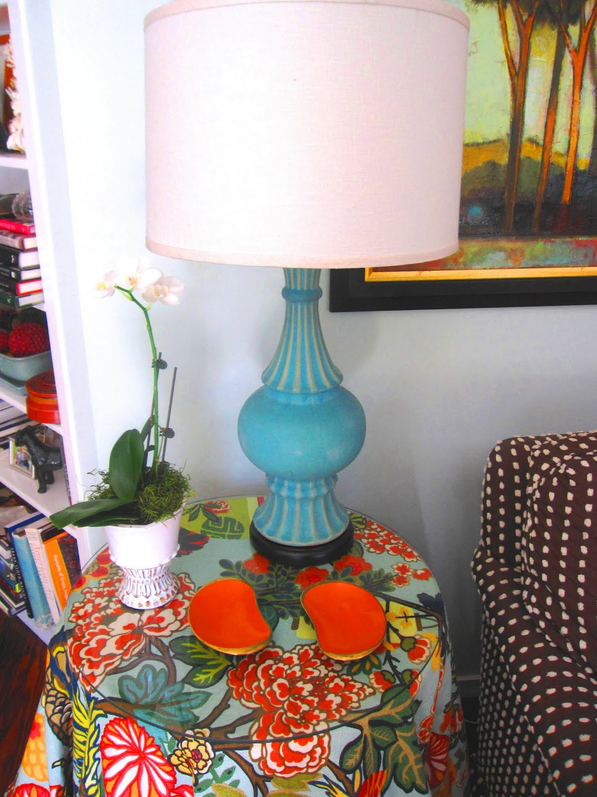Bright Colored Table Lamps See This House Southern Tradition And Eclectic Charm