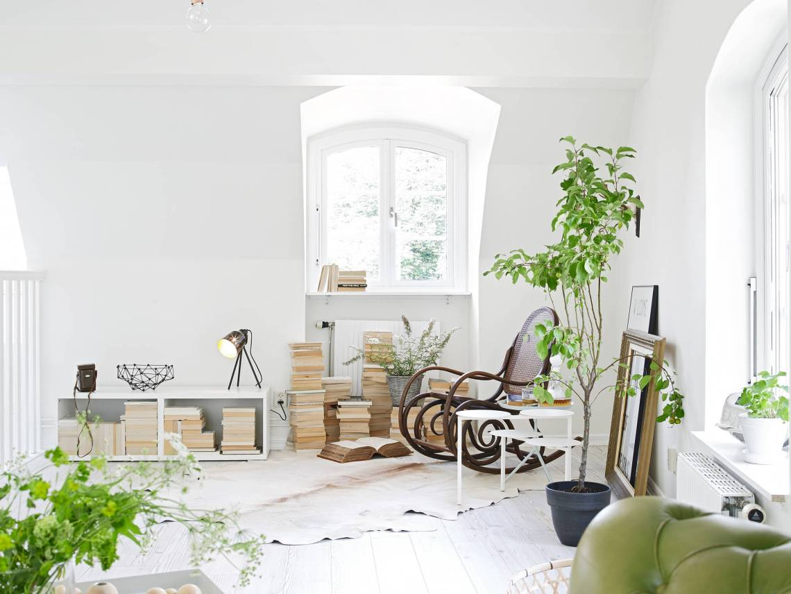 White and greens - via cocolapinedesign.com
