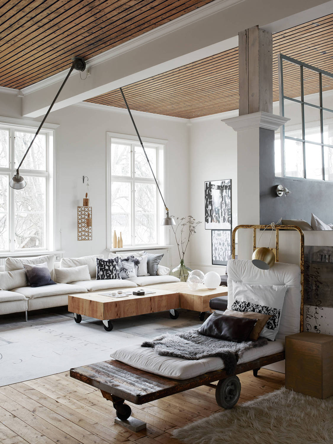 Yvla Skarp's home - via cocolapinedesign.com