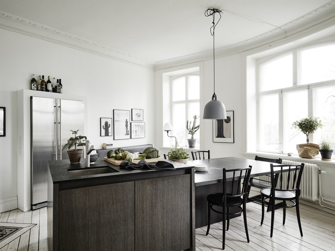 Small Apartment With A Big Kitchen Island Via Cocolapinedesign Com