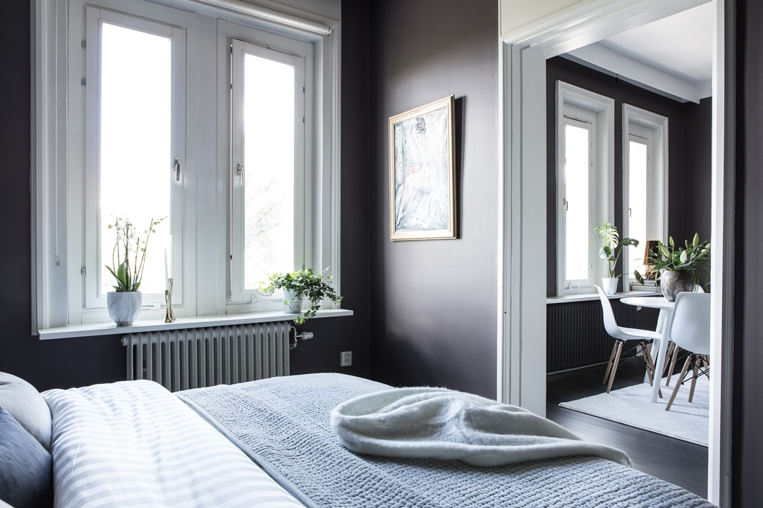Stylish All Black Living Room Coco Lapine Designcoco