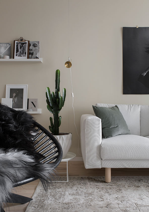 Home in beige - via Coco Lapine Design