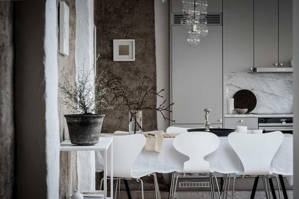 Beautiful living kitchen - via Coco Lapine Design