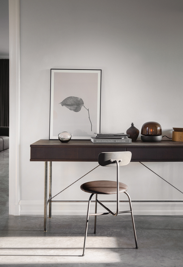 Sorensen chair in leather - via Coco Lapine Design