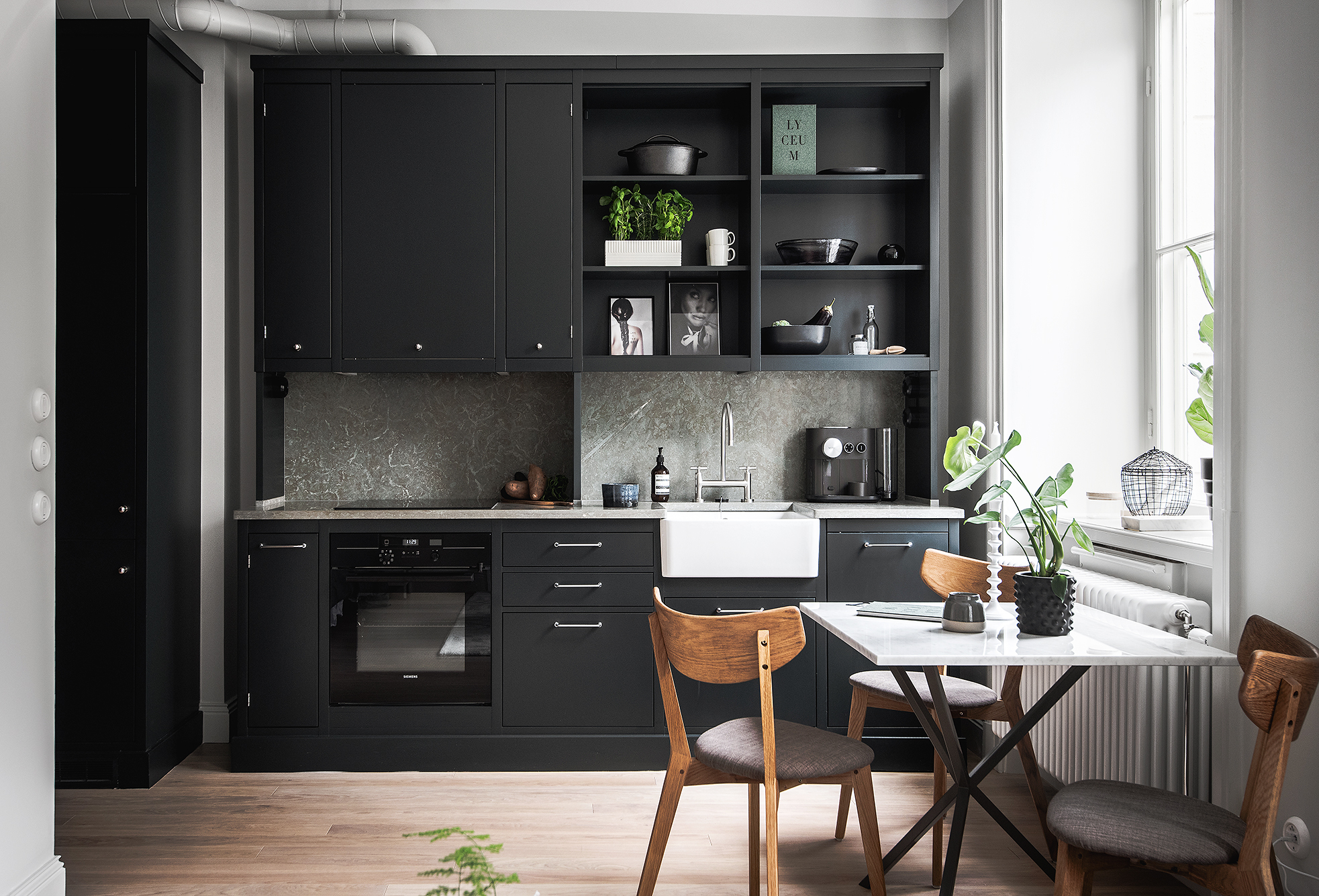 Small Living Space With A Great Kitchen Coco Lapine Design Bloglovin