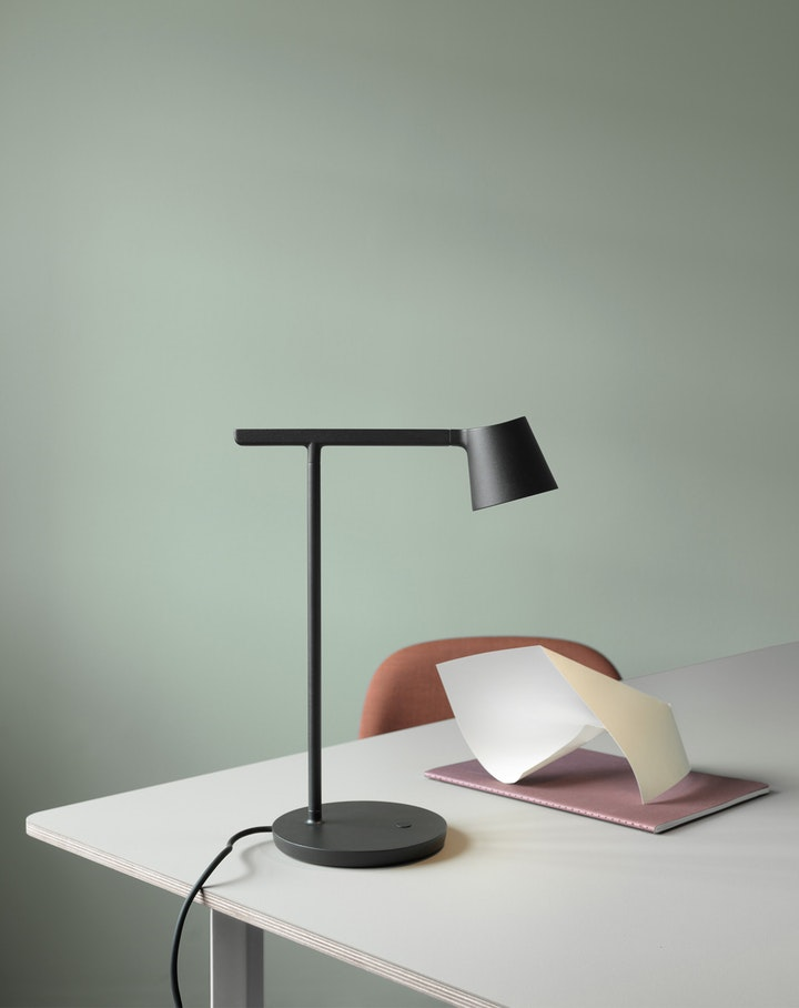 Muuto Tip lamp - via Coco Lapine Design blog