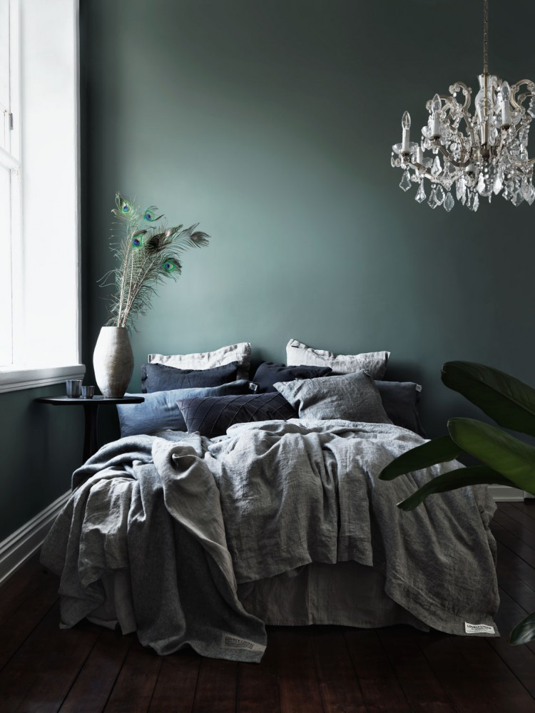 Lovely Linen - via Coco Lapine Design blog