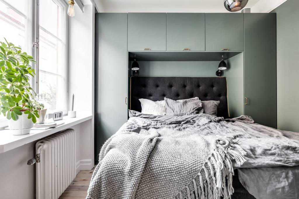 Bedroom storage - via Coco Lapine Design blog