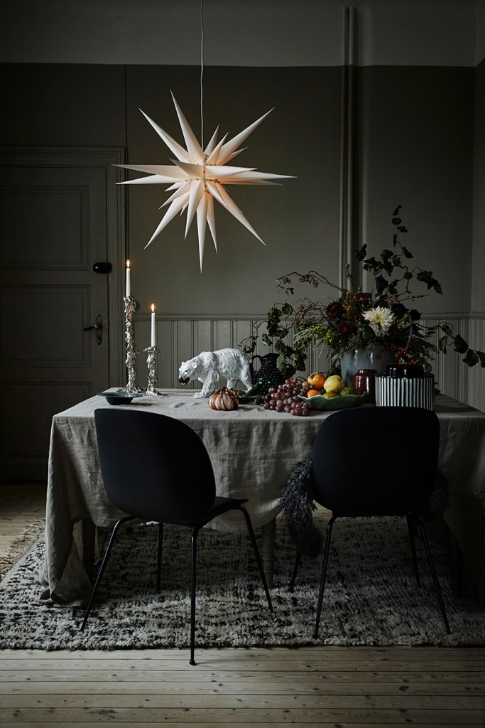 Christmas at Artilleriet - via Coco Lapine Design blog