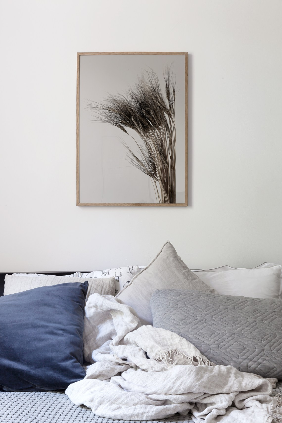 Kamut Art print in the bedroom