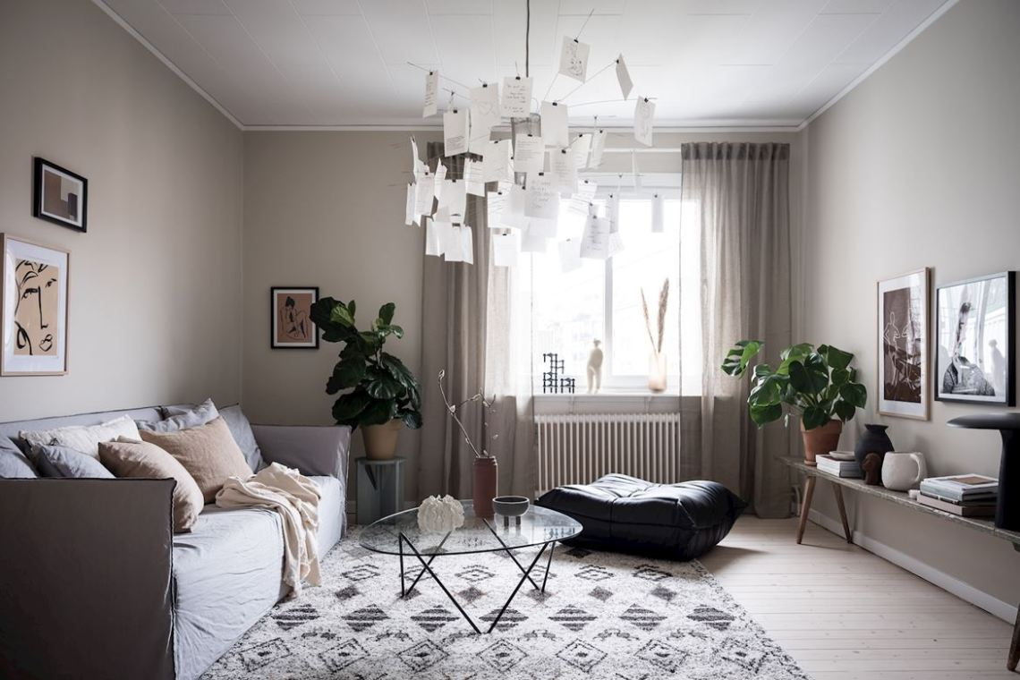 Cozy home with lovely accessories