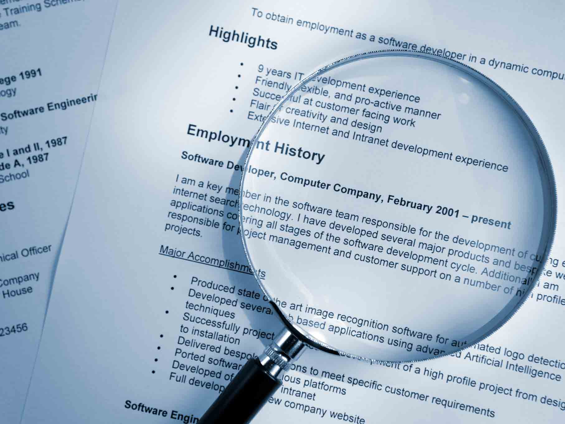 resumes of people looking for jobs