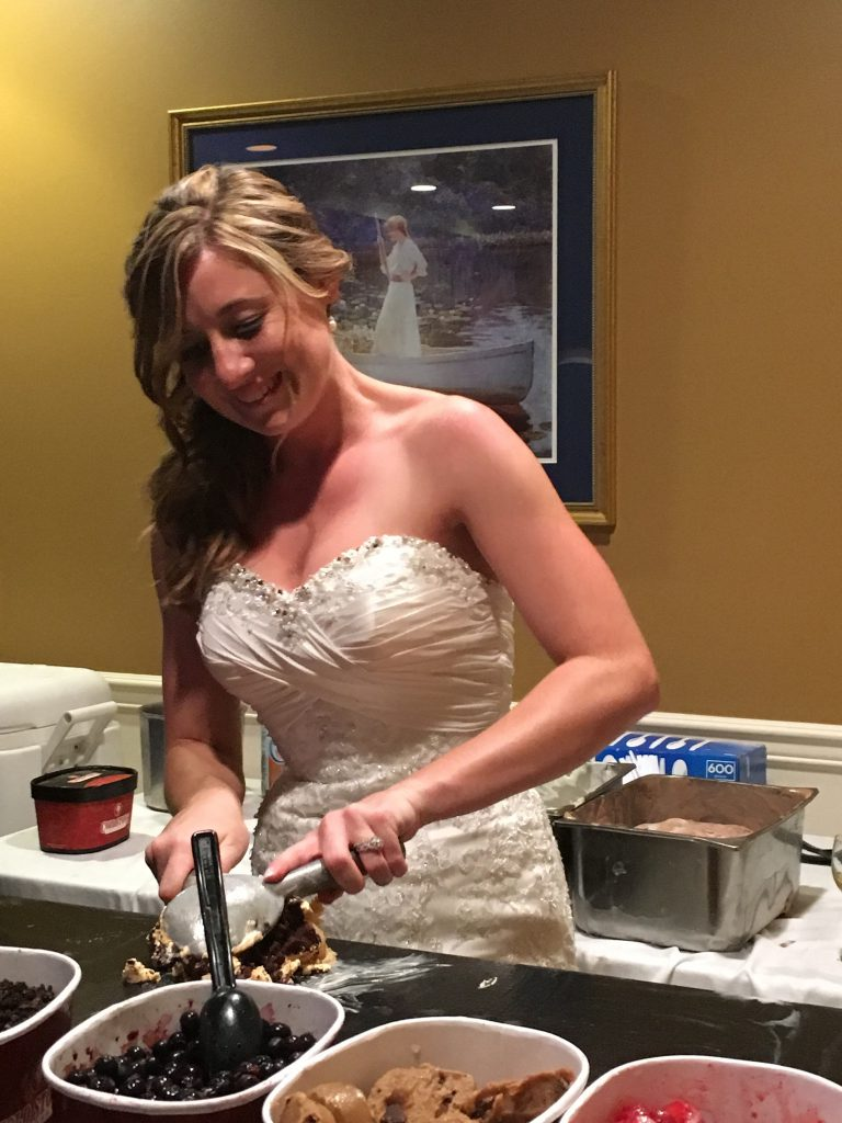 Bride builds her Ice cream sundae at her wedding
