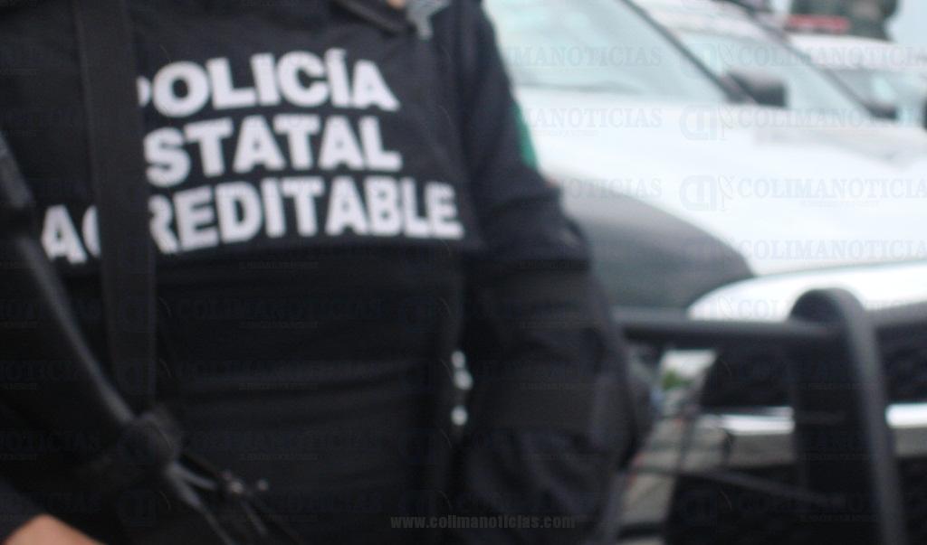 Seguridad Pública detiene a mujer con una sub-ametralladora y presunta droga