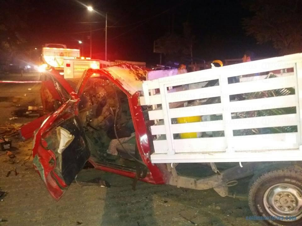 Un muerto y dos heridos en trágico accidente automovilístico en Tecomán