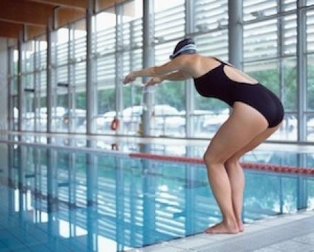 Chlorine-swimming-pool-water-skin