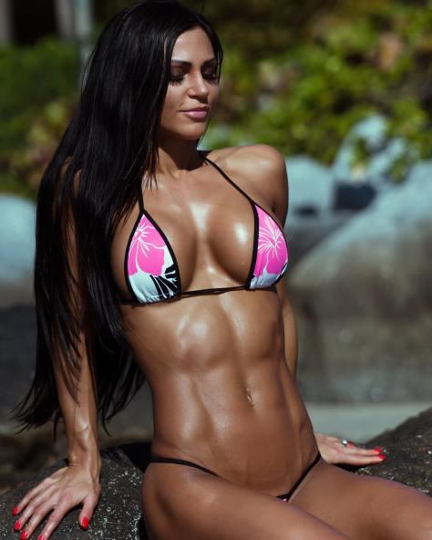 Mulheres suadas e fitness