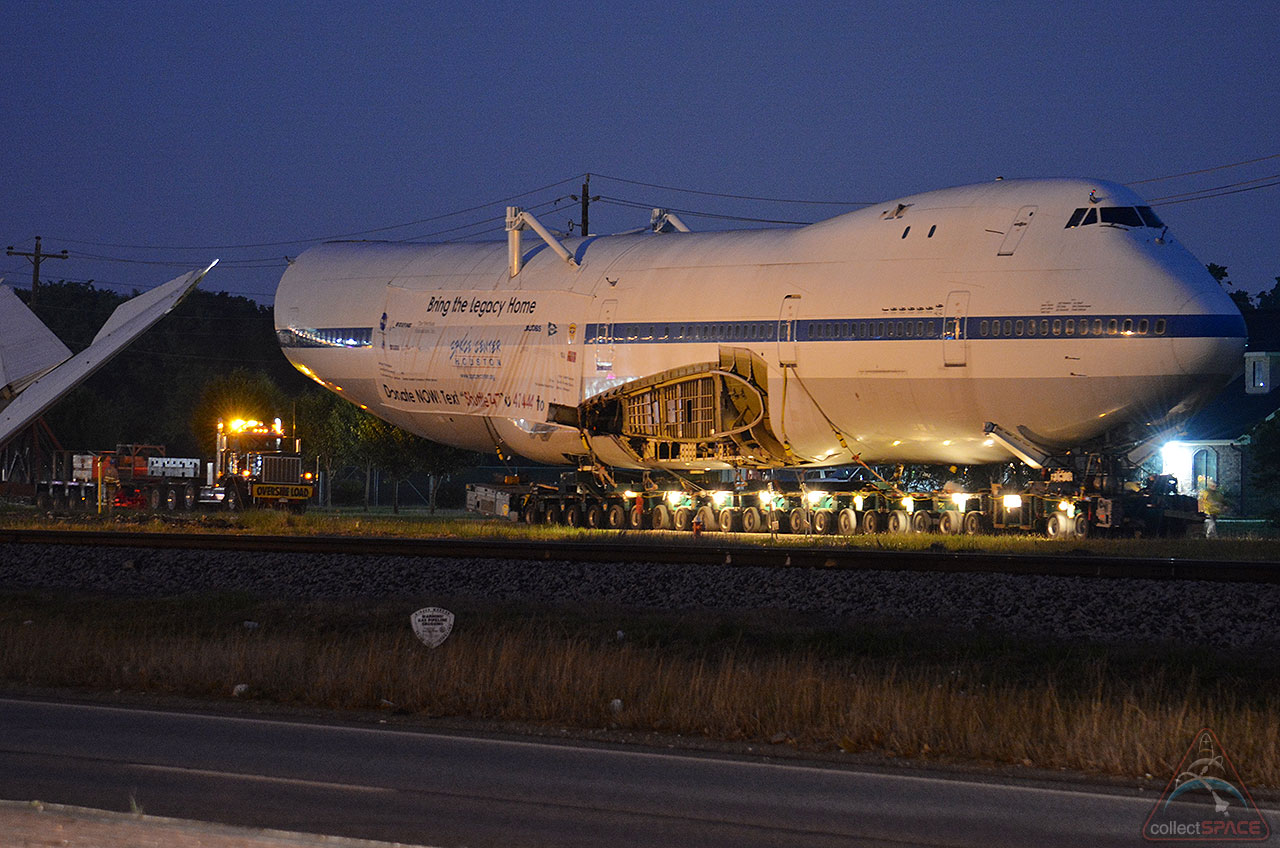 April Flights [photos] Shuttle Carrier Aircraft's 'big Move' To Space