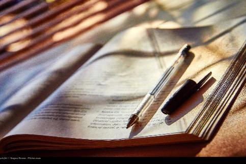 How to Write a Descriptive Essay Using All 5 Senses\u2013 College