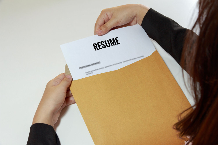 How to Distribute Your Resume - CollegeGrad
