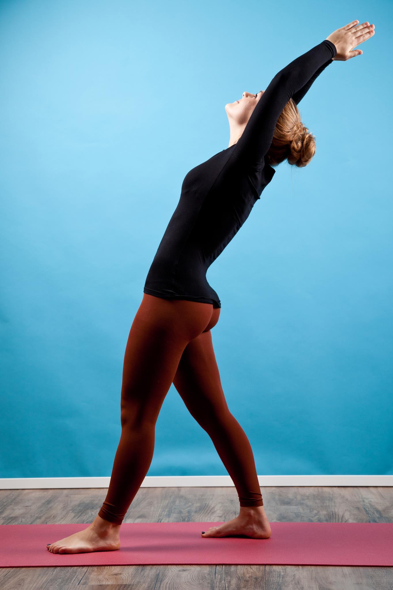 the gallery for gt zendaya in yoga pants