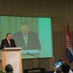 El general (r) Óscar Naranjo durante su intervención el pasado 8 de septiembre en la Primera Conferencia de Revisión de la Convención sobre Municiones en Racimo, que se celebró en Dubrovnik (Croacia), del 7 al 11 de septiembre © CMC