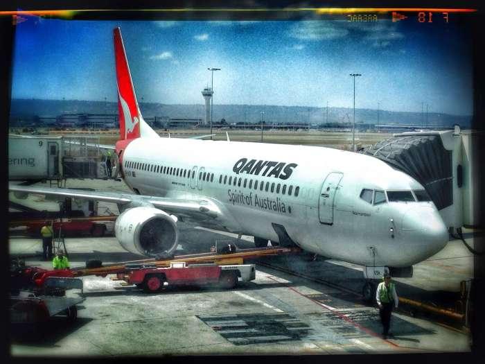 Quantas-Flugzeug auf dem Flughafen in Perth