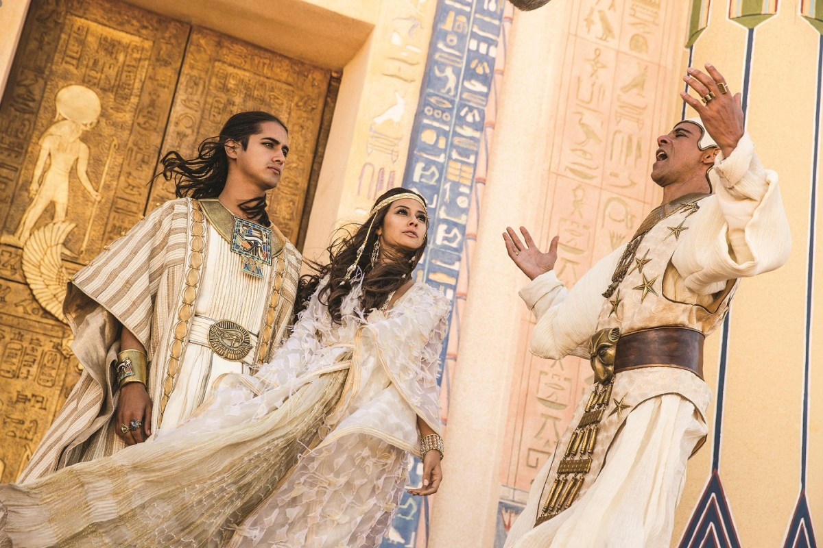 """TV Review: """"TUT"""" Brings Egyptian Boy King Back to Life"""