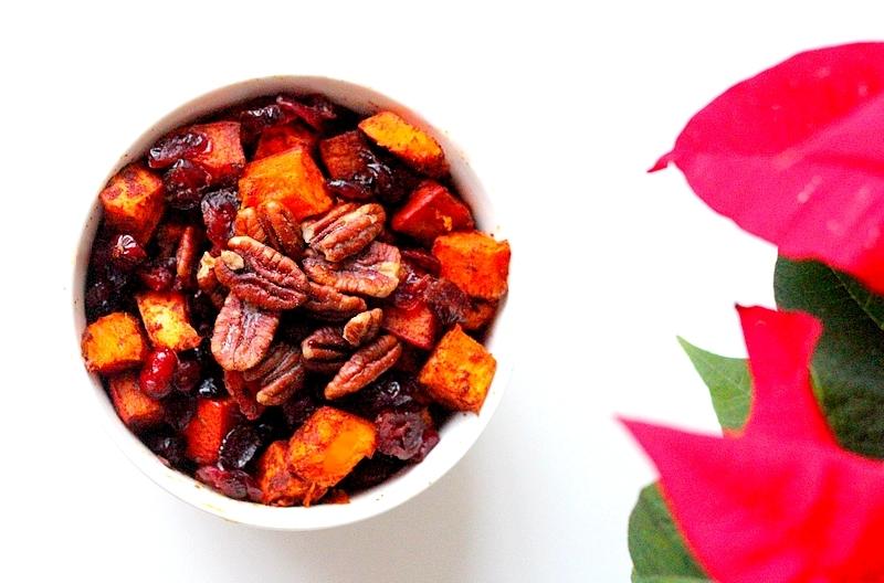 Kerstrecept: Geroosterde pompoen met cranberry's en pecannoten (bijgerecht)