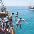 divingboat2