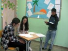 alt=international students role play""