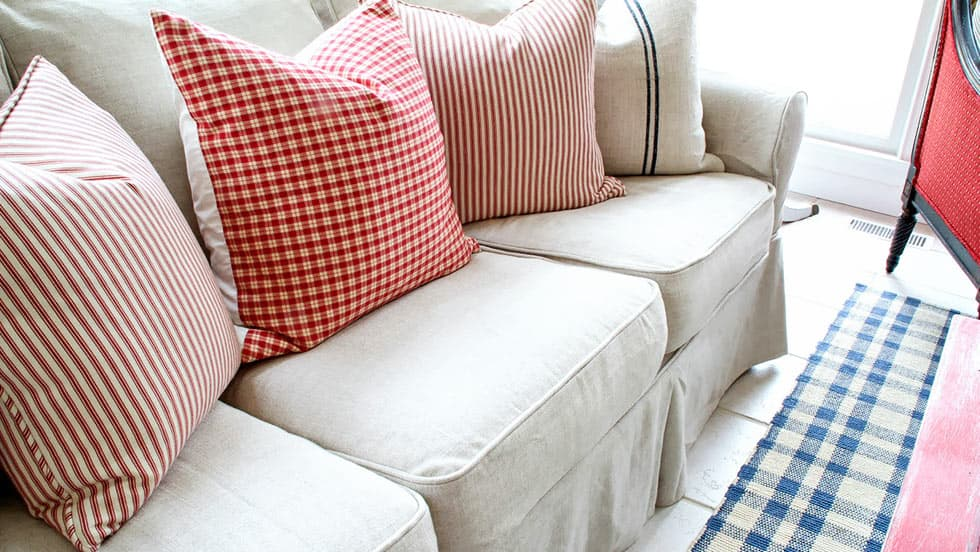 Couch Liege Pottery Barn Slipcovers