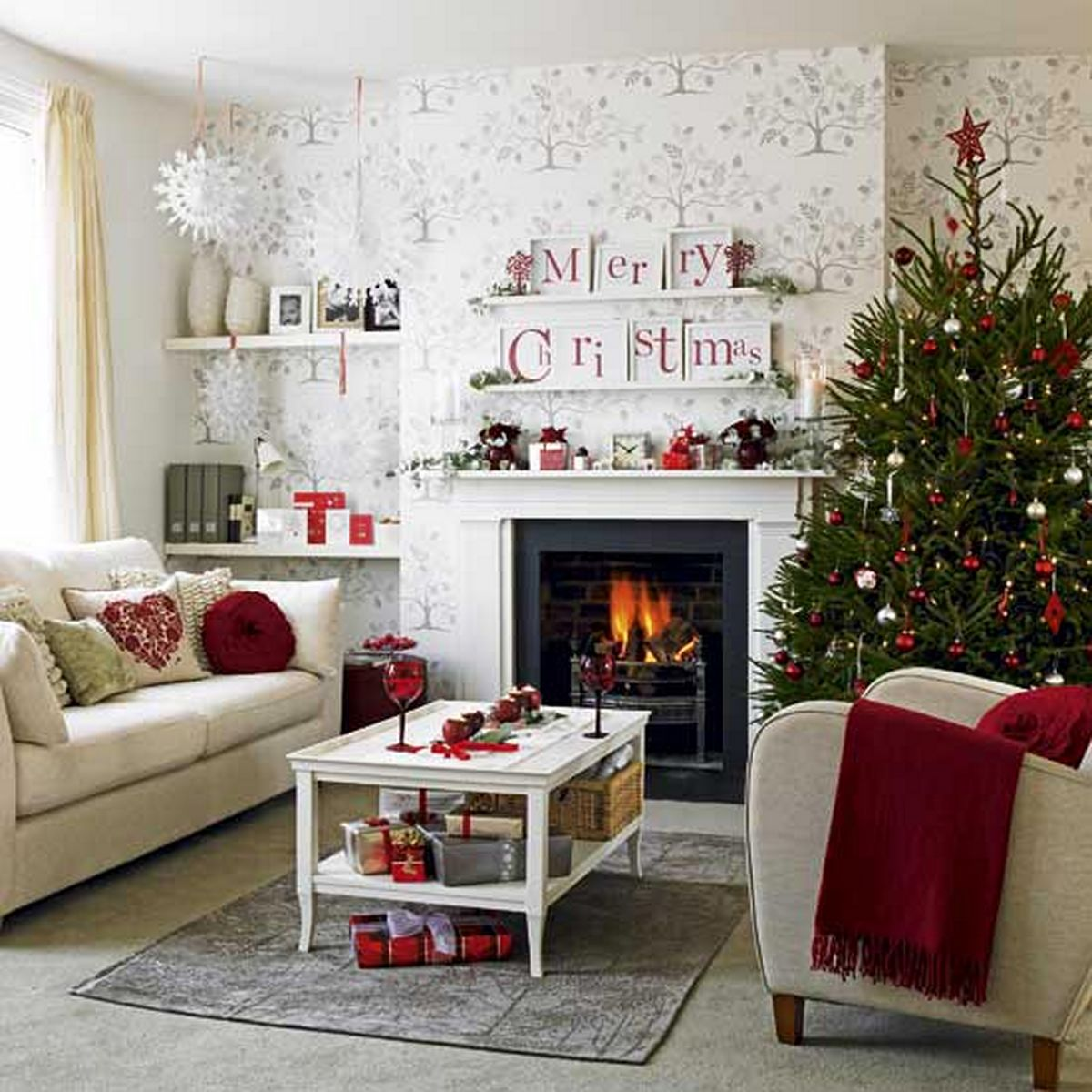 Red Accents 30 Christmas Décor Ideas You Need For Your Living Space