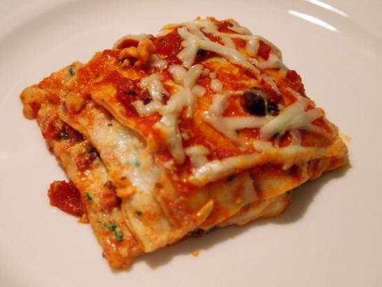 Classic Meat Lasagna - Get this comfort food recipe on ComfortablyDomestic.com